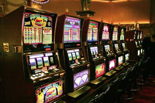 Безопасная и прибыльная игра в онлайн-покер