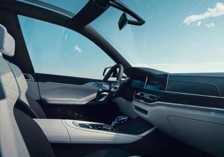 В Сети опубликованы рендеры нового флагманского кроссовера BMW X7