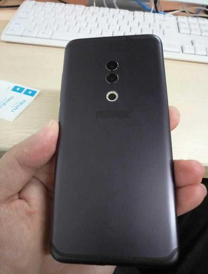 Meizu 15 Plus: флагман на новый лад с модным растянутым дисплеем