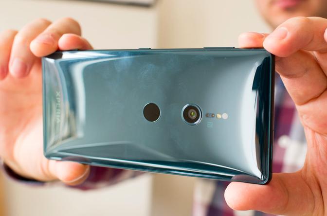 Представлены Sony Xperia XZ2 и Xperia XZ2 Compact: другая начинка, другой дизайн и улучшенная камера
