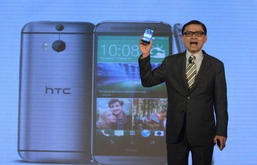 Исполнительный директор компании HTC подает в отставку, убегая с тонущего корабля