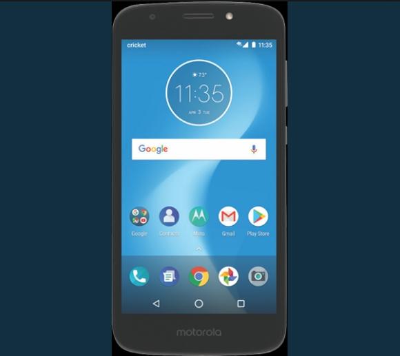 Moto E5 Play — грубый и угрюмый «кирпич» на рендере