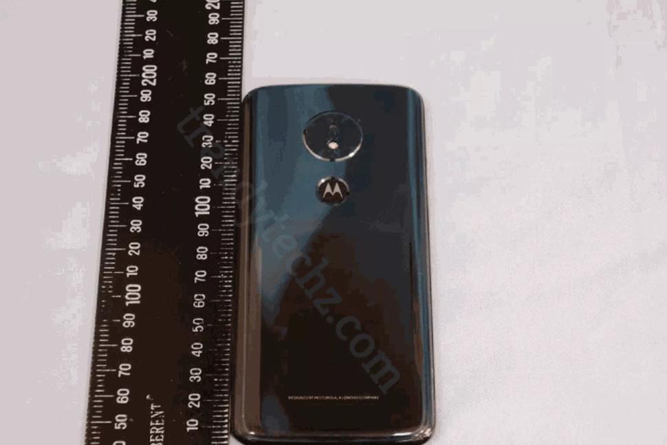 Moto G6 Play появился на «живых» снимках