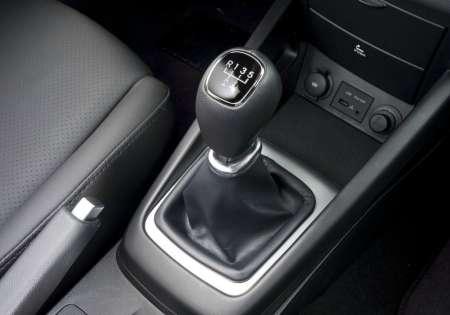 Эксперт рассказал, почему старт со второй передачи опасен для автомобиля
