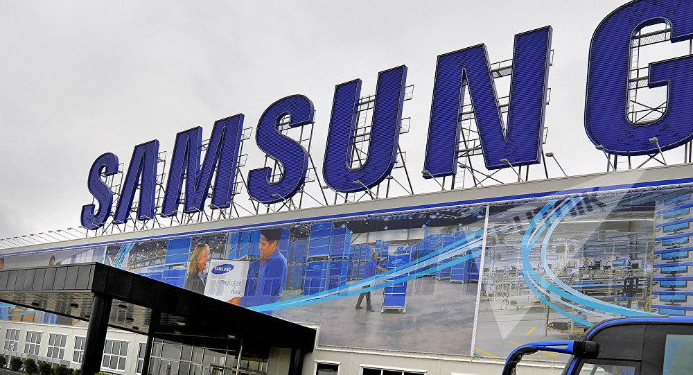 Компания Samsung подала в суд на правительство Южной Кореи