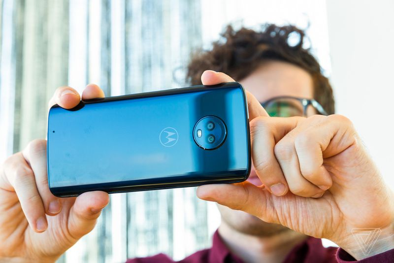 Официально представлены смартфоны линеек Moto G6 и Moto E5