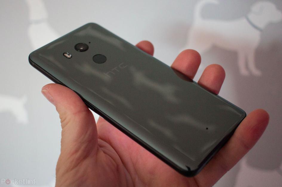 HTC U12+: цена на флагман