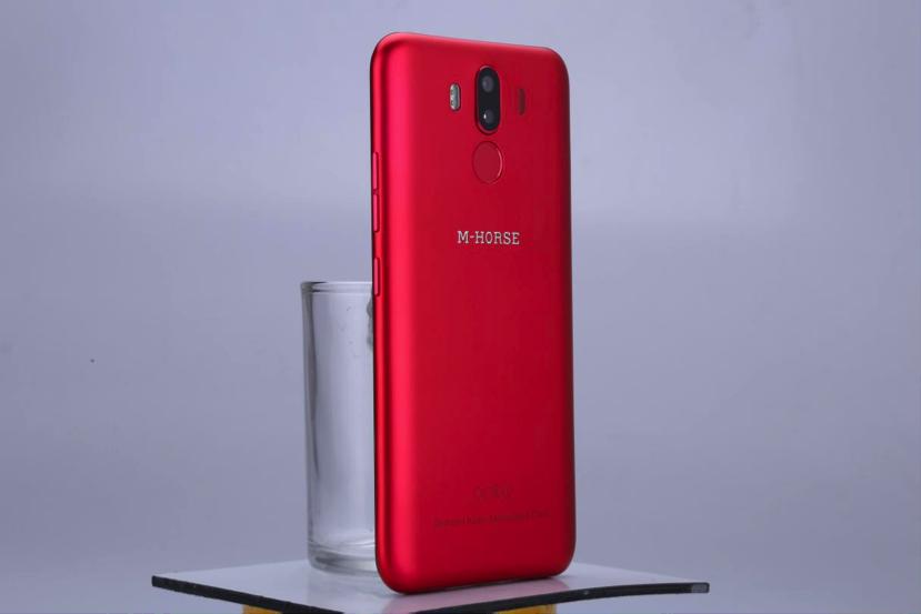 M-HORSE предлагает Pure 3, Power 2 и другие смартфоны со скидкой