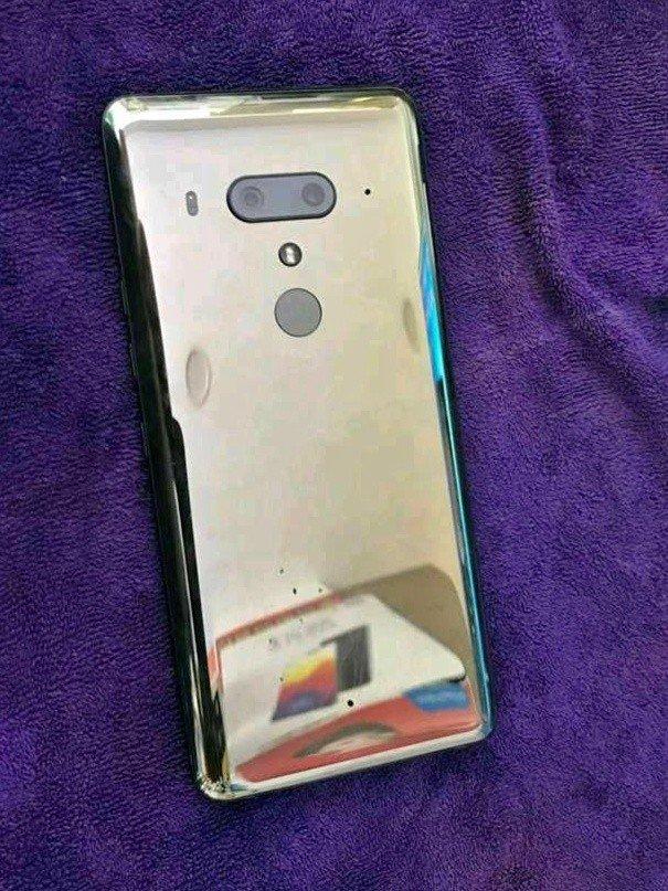 Примеры фото и подробности о камере HTC U12+