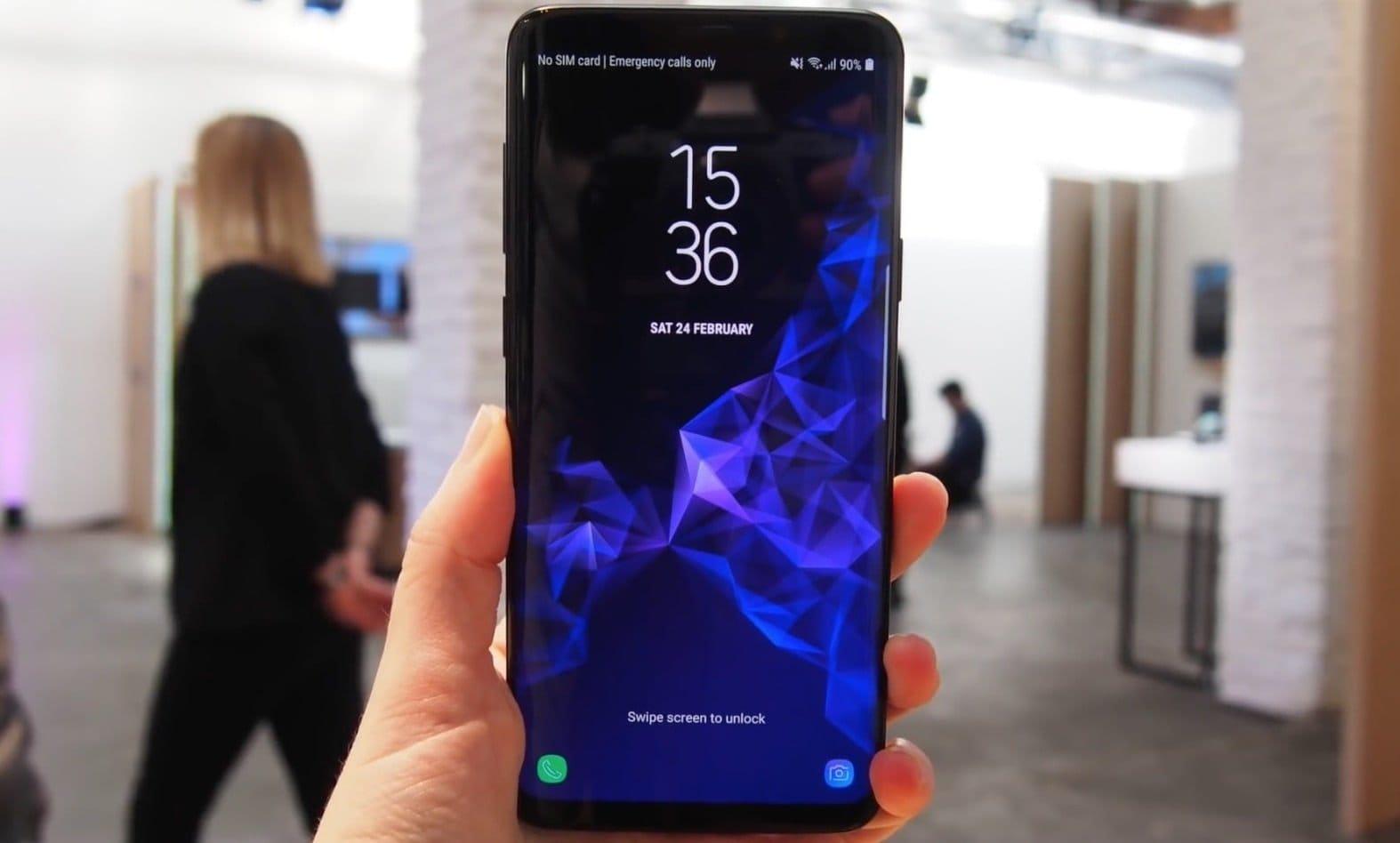Выполнение Samsung плана продаж смартфонов под угрозой.  Виноват Китай