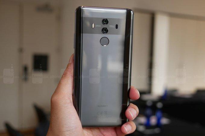 Samsung будет поставлять огромные OLED-дисплеи для Huawei Mate 20