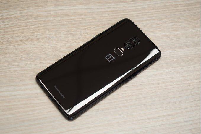 С приходом обновления у OnePlus 6 возникли проблемы с автономностью