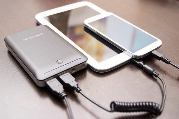 Окольными путями: смартфон можно взломать через аккумулятор