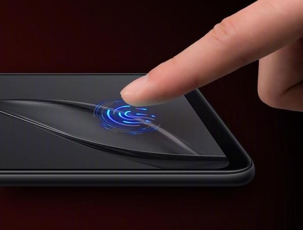 Huawei Mate 20 Pro хочет стать лучшим на рынке благодаря инновационным технологиям
