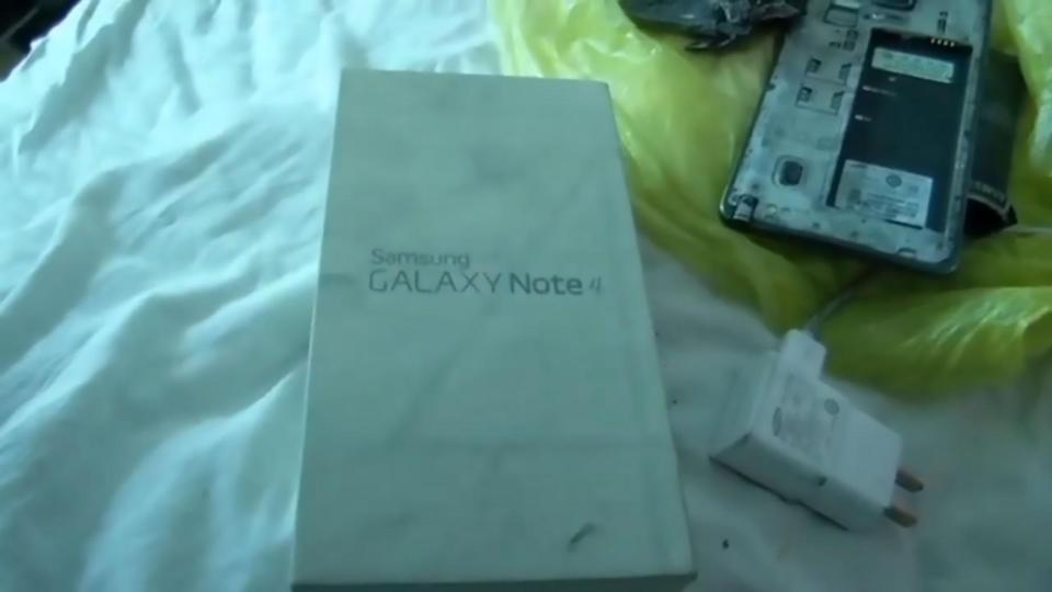 На Samsung подали в суд из-за взрыва смартфона