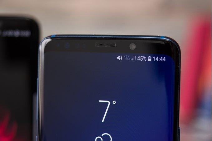Samsung создала олеофобное покрытие, способное самоизлечиться