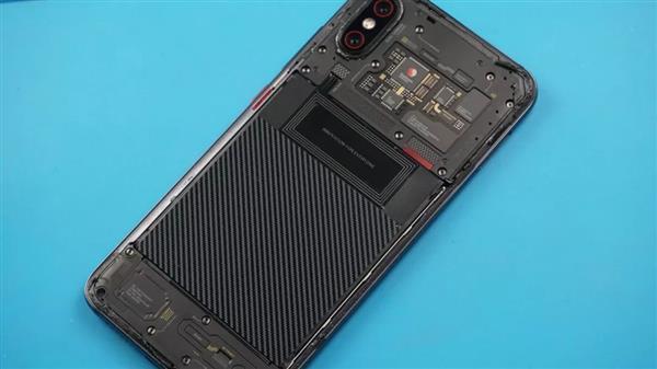 Xiaomi Mi 8 Explorer Edition разобрали
