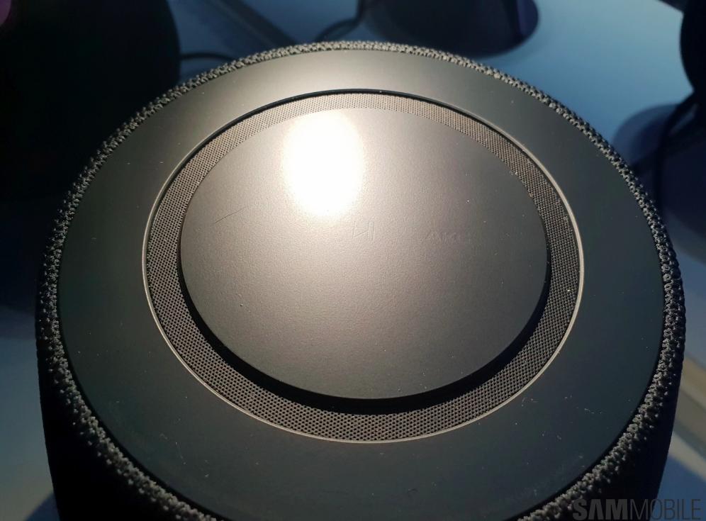 У Samsung появилась смарт-колонка Galaxy Home с голосовым ассистентом