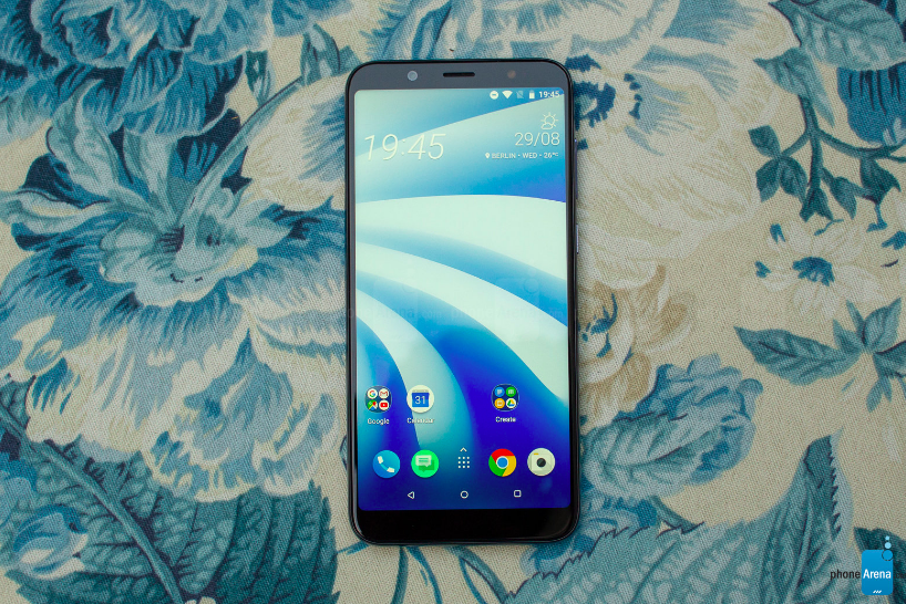 Анонс HTC U12 Life: безрамочник с двойной камерой и своеобразным дизайном