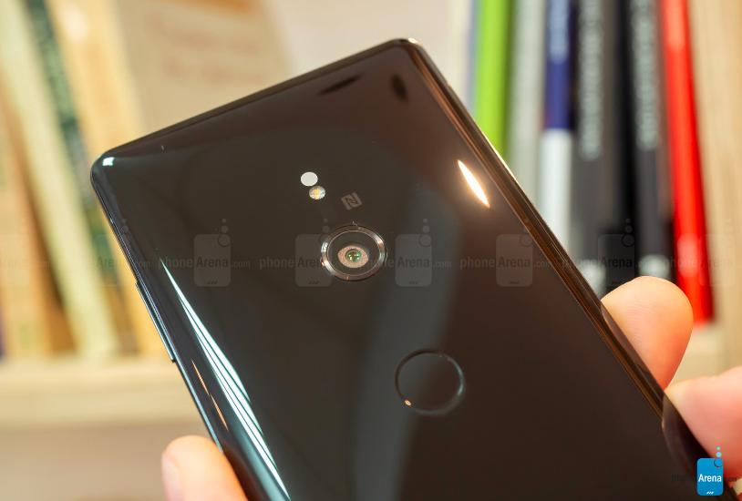 Представлен Sony Xperia XZ3: первый с Android Pie «из коробки», Side Sense и OLED дисплеем