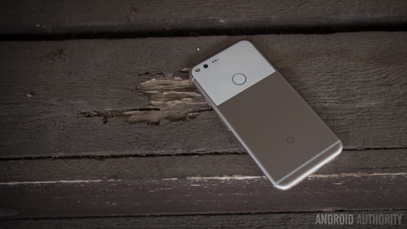 Пользователи Google Pixel и Pixel XL жалуются на проблемы в работе устройств с установкой ...