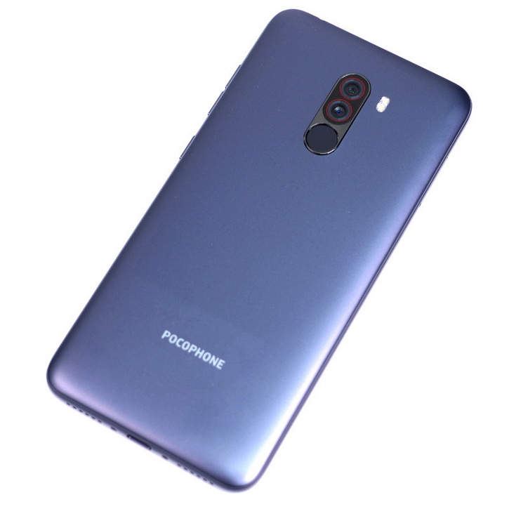 Xiaomi Pocophone F1 показали на фото со всех сторон
