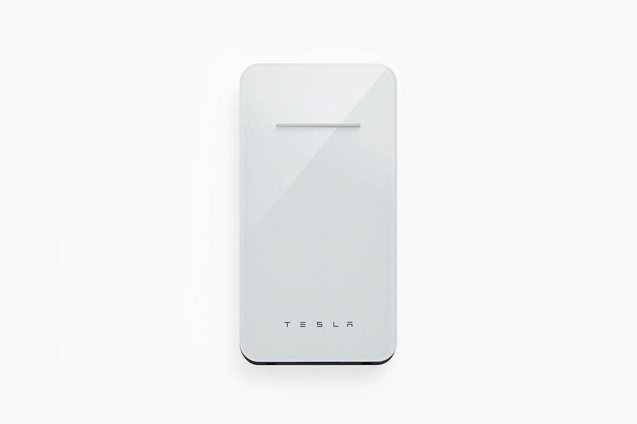 Аккумулятор Tesla позволит заряжать смартфоны без проводов