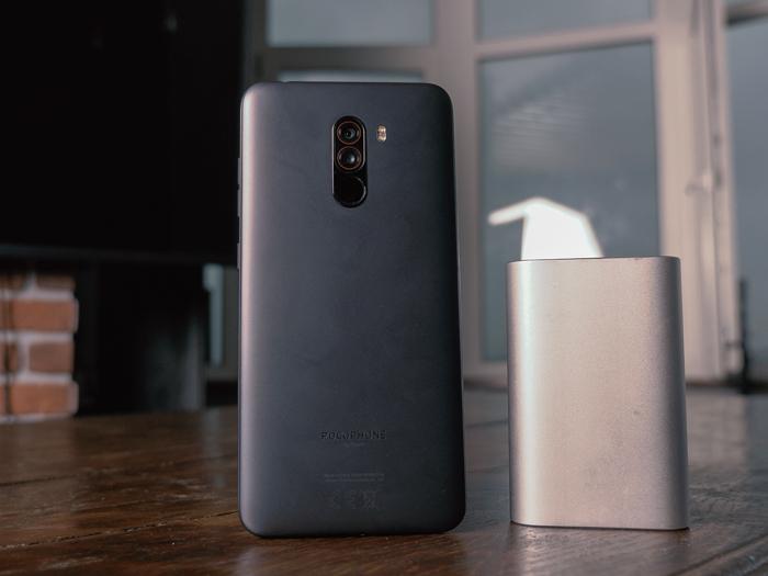 Обзор Xiaomi Pocophone F1 — лучший смартфон за свои деньги