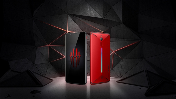 Готовится к выходу игровой смартфон Nubia Red Magic 2