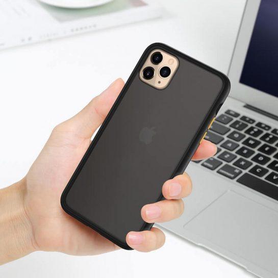 Надежные защитные чехлы на айфоны